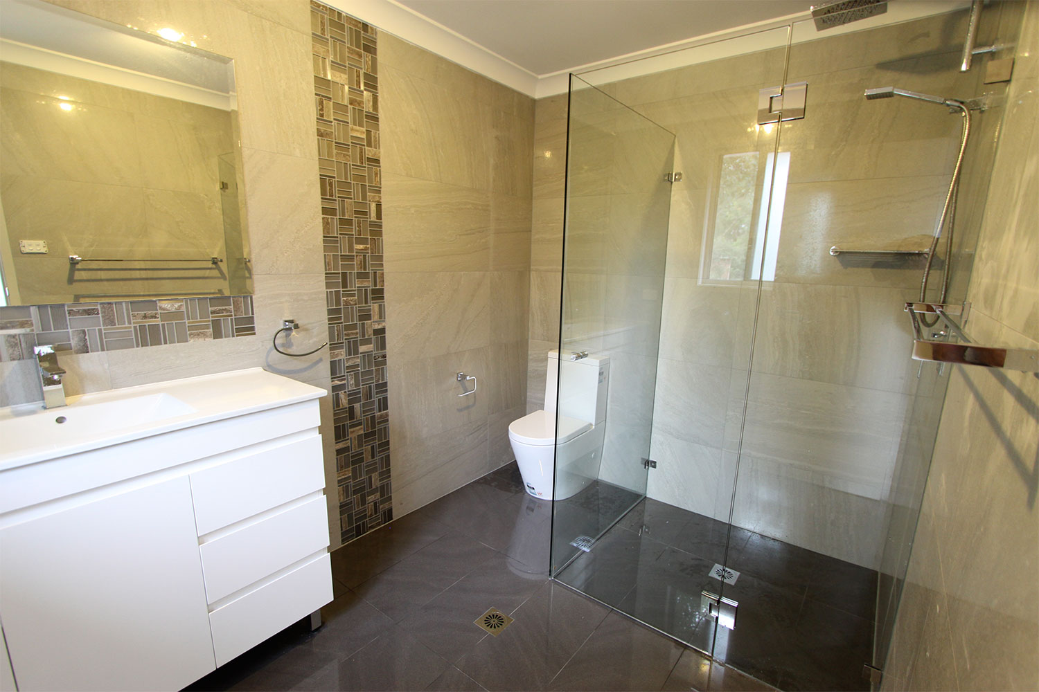 Affordable bathroom renovations parramatta amazing results for Affordable baths